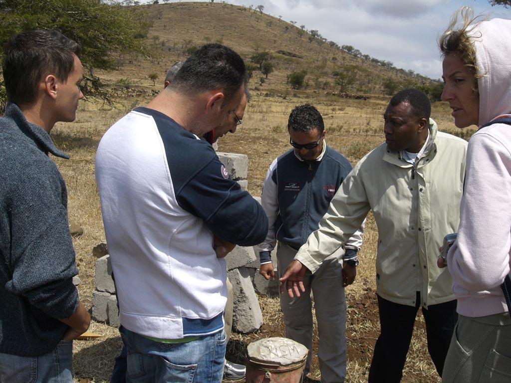 2008.08 – realizzazione base per installazione pannelli fotovoltaici